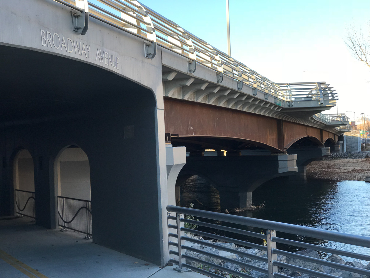 Broadway Avenue Bridge